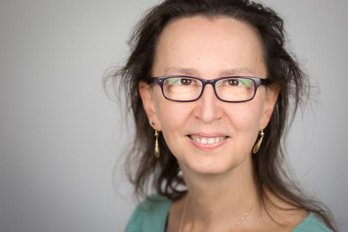 Dr. Lyla Cestier