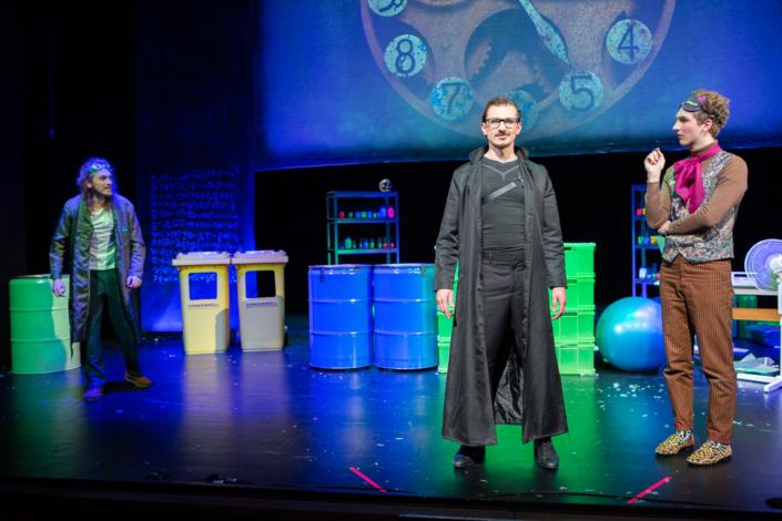 Wunschpunsch - Beeltzebub Irrwitzer (Michael Gammel), Rabe Jakob Krakel (Jaroslav Sawitsch) und Kater Maurizio di Mauro (Tobias Volner)